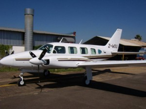 Leading Edge Aviation - Aircraft repair and servicing - 2010 photo's 004