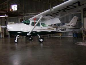 Leading Edge Aviation - Aircraft repair and servicing - 2010 photo's 279