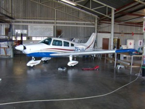 Leading Edge Aviation - Aircraft repair and servicing - 2010 photo's 342