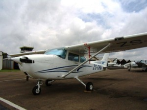Leading Edge Aviation - Aircraft repair and servicing - 2010 photo's 416